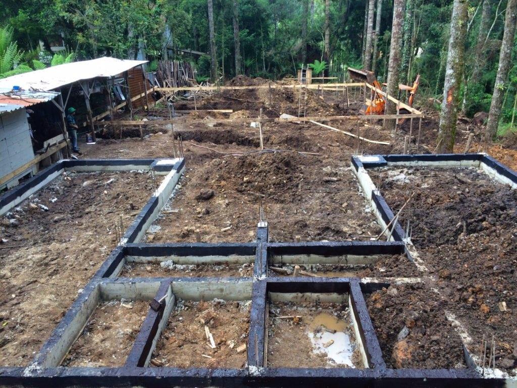 Vigas-estruturais-que-darão-sustentação-as-alvenarias.-11-11-15